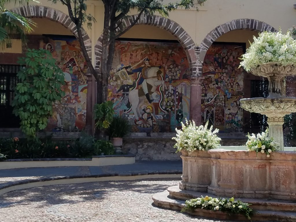 Instituto Allende Courtyard in San Miguel de Allende, Mexico