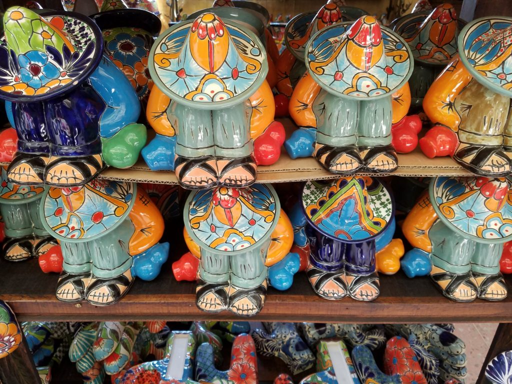 Colorful ceramics in Dolores Hidalgo, Mexico