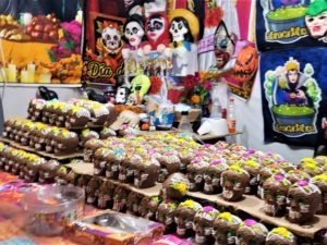 Dia de los Muertos chocolate candy offerings