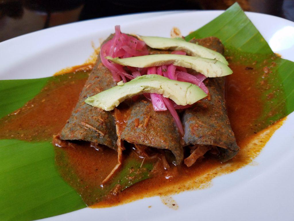Tacos conchinita pibil at Tikua Sureste